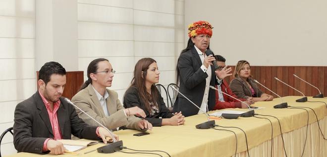 Carlos Viteri y red de jóvenes analizan mecanismos para reducir calentamiento global