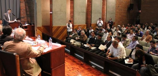 Parlamentarios reciben aportes a proyecto de Ordenamiento Territorial en Cuenca