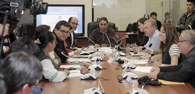 Listo informe para primer debate de proyecto de Ley Solidaria por terremoto