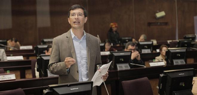 Reformas adaptan al COOTAD a los cambios constitucionales: Richard Calderón