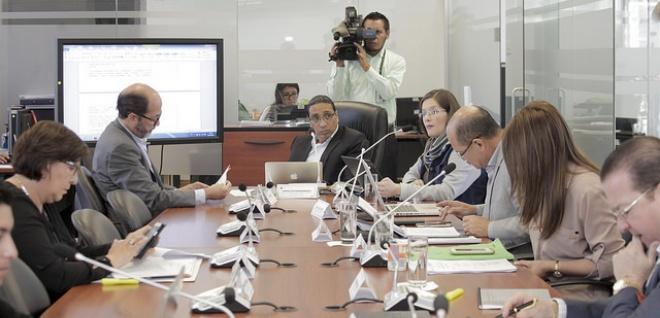 Comisión de Régimen Económico alista informe sobre elusión de impuesto a herencias