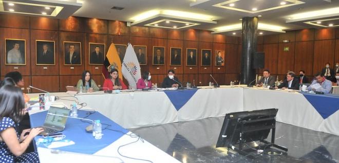 """Comisión de Garantías Constitucionales citará por segunda ocasión al Presidente de la República por caso """"Pandora Papers"""""""