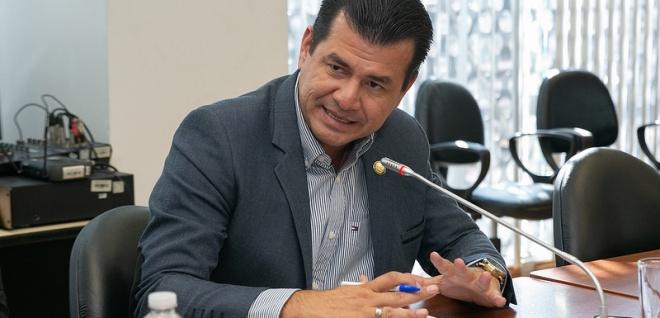 Proyecto de Ley que previene y sanciona la violencia en el deporte, Carlos Vera, foto archivo
