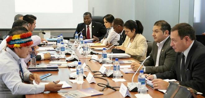 Comisión de Derechos Colectivos analiza procedimiento administrativo para restituir derechos a  personas adultas mayores