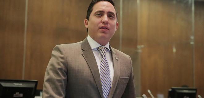 Daniel Mendoza: sin irrespetar el mandato popular buscamos mecanismos para agregar filtros de los candidatos al Consejo de Participación