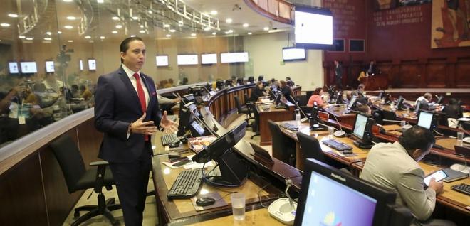 Pleno inicia primer debate del Proyecto Económico-Urgente