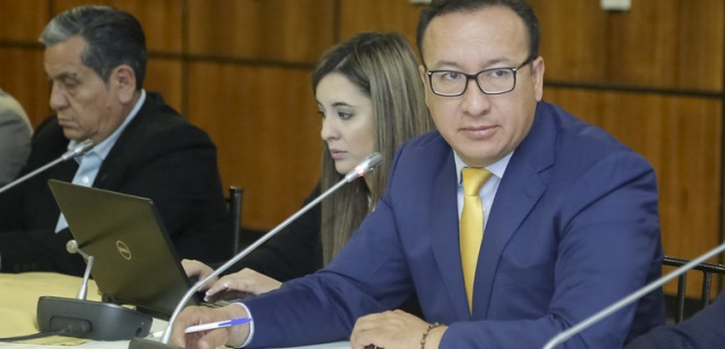 Viceministro de Gestión del Transporte y Director de la Agencia Nacional de Tránsito acuden a comisión ocasional