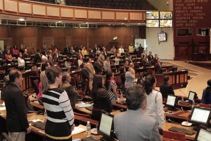 Asamblea declaró al 16 de abril como Día Nacional de la Solidaridad