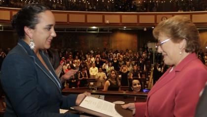 Asamblea resalta liderazgo de Michelle Bachelet y se solidariza con pueblo de Chile