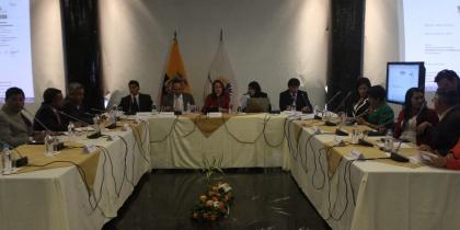 Ministro Espinosa fundamenta reforma a Ley de Educación Intercultural