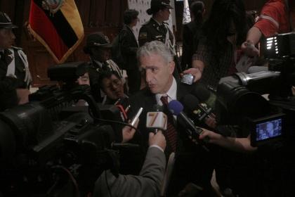 Es necesario generar consensos para aprobar resoluciones: Fernando Bustamante