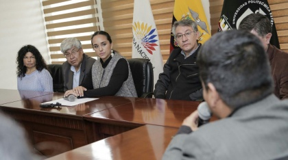 Presidenta de la Asamblea escuchó propuestas de ciudadanos de Carchi