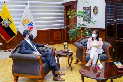 Asamblea y Cancillería refuerzan lazos de cooperación interinstitucional
