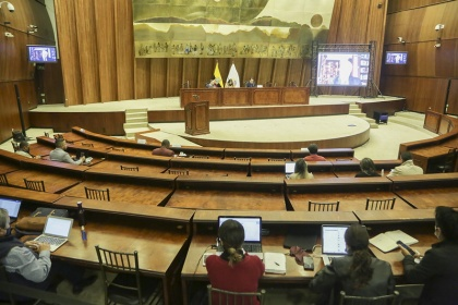 Comisión recibe nuevos testimonios sobre desvanecimiento de glosas durante la administración del excontralor Celi