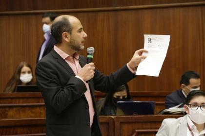 Cristóbal Lloret asegura que Pablo Celi usurpó funciones como Contralor