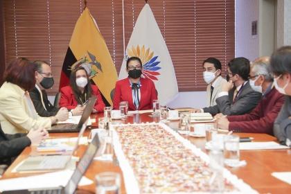 Se instala Mesa de Concertación sobre Ley de Educación Intercultural