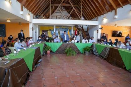 Encuentro con pescadores artesanales y emprendedores en Puerto López
