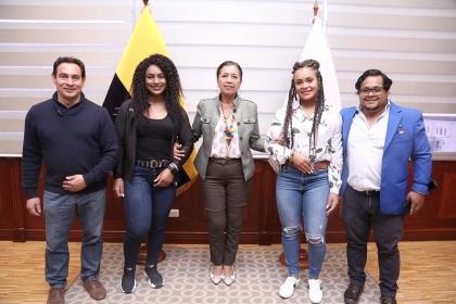 Guadalupe Llori junto a las Medallistas Olímpicas y sus representantes trabajarán en un proyecto de ley en beneficio de los deportistas