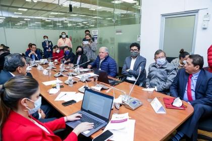 Ecuador perdió más de 14 mil millones de dólares en venta de crudo en 14 años, según experto petrolero