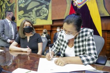 Asamblea posesionó a los miembros de la Junta de la  Política y Regulación Monetaria