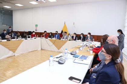 Comisión de Desarrollo Económico ejerce fiscalización por inhabilitación de servicios de institución financiera