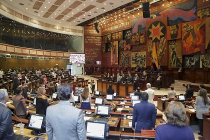 En primer debate, parlamentarios destacan cambios en la Ley del Sistema de Contratación Pública