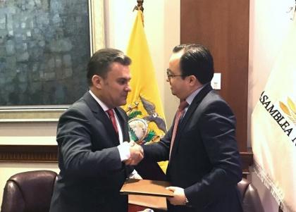 Firman Convenio de Cooperación Interinstitucional para promover valores éticos