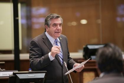 Parlamentarios analizan la objeción al proyecto de sanidad agropecuaria