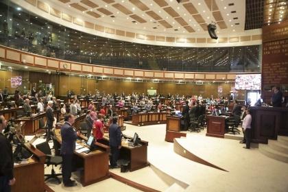 Pleno debatió normativa que establece otras formas de transformación de compañías