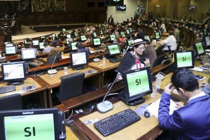 Sesión del Pleno 658, Exhorto Presidente de la República,