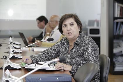 Dinero electrónico facilita transacciones comerciales: Rocío Albán