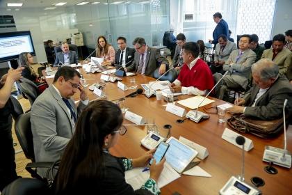 Hay que fomentar la transparencia fiscal y desincentivar la corrupción: Ruth Hidalgo