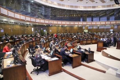 Debate del Proyecto Urgente genera opiniones diversas en los legisladores