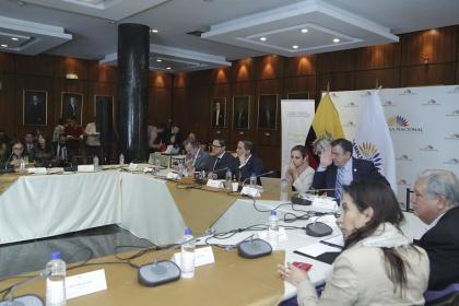 Cerca de 50 actores analizaron el proyecto de reformas tributarias