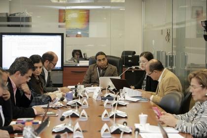 Régimen Económico analiza propuestas de deudores del BNF