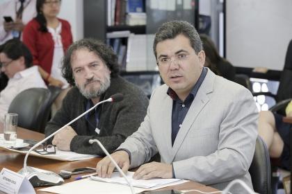 Parlamentarios construyen Código de Comercio que respalda a ecuatorianos