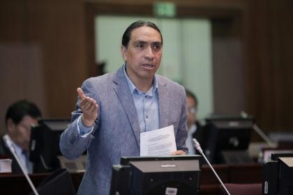 Virgilio Hernández defiende constitucionalidad de proyecto sobre paraísos fiscales